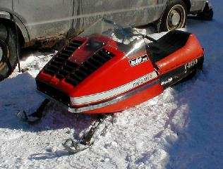 1961 bombardier ski doo to the right is a very rare 1968 t nt